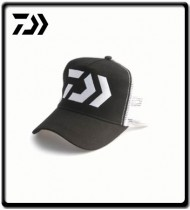 Curved Truckers Cap - Black/White Mesh | Daiwa